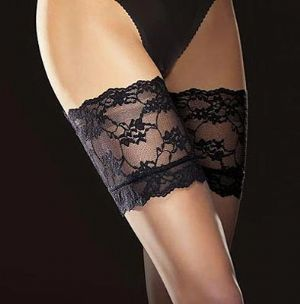 8 Den Black Hold-up Stockings - Fiore Finesse